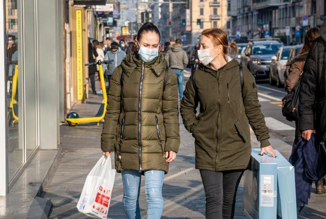 Come in un anno il COVID-19 ha cambiato le vie del commercio in Italia