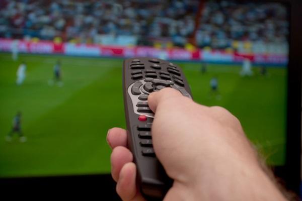 Streaming TV: con le offerte a pacchetto si risparmia fino al 56% ogni mese
